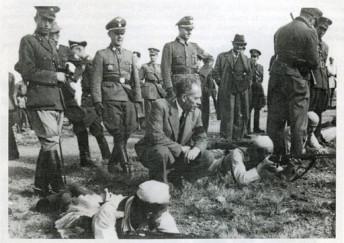 Γερμανοί Αξιωματικοί εκπαιδεύουν Ταγματασφαλίτες