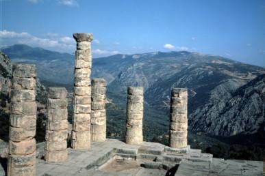 Ναός του Απολλώνα, Δελφοί