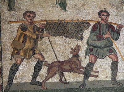 Βυζαντινό μωσαϊκό απεικονίζει κυνηγούς που επιστρέφουν με θήραμα
