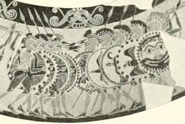 Το πρωτοκορινθιακό, μελανόμορφο Αγγείο Κίτζι, που κατασκευάστηκε περί τα 640 π.Χ. και βρέθηκε στο Βέιι της Ετρουρίας είναι η αρχαιότερη γνωστή απεικόνιση φάλαγγας οπλιτών (Μουσείο της Βίλας Ιουλίας στην Ρώμη)