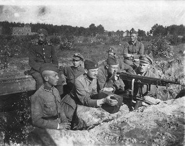 Πολωνικές αμυντικές θέσεις κοντά στην περιοχή Milosna