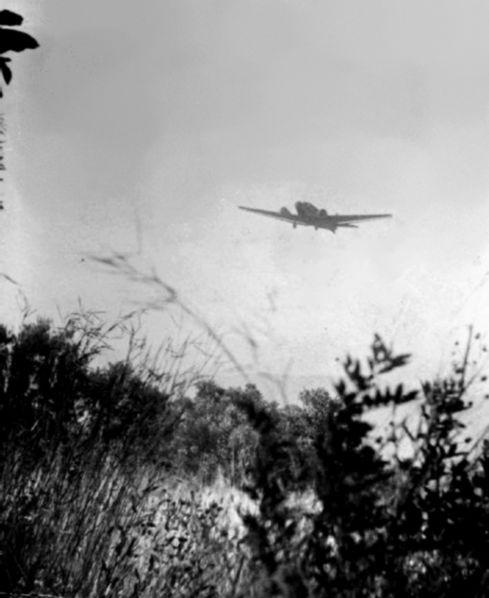 Αεροσκάφος Junkers Ju 52 ίπταται πάνω από την Κρήτη