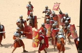 Σύγχρονη αναπαράσταση εκπαίδευσης Ρωμαίων στρατιωτών στις πολεμικές τέχνες