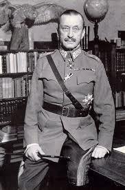 Ο Βρετανός στρατηγός Slim, διοικητής της 14ης Στρατιάς στη Βιρμανία κατά τον Β΄ΠΠ