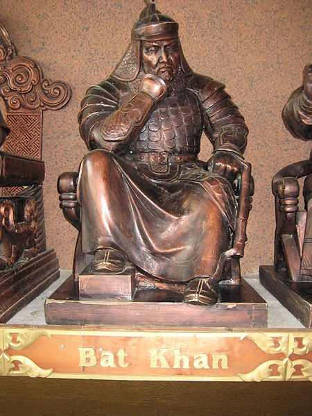 Ορειχάλκινο άγαλμα του Μογγόλου πολέμαρχου Μπατού Χαν (δεκαετία 1350)